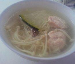 金针菇肉丸冬瓜汤的做法