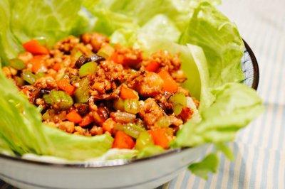 风靡美国的中国家常菜:嫩滑鸡肉生菜卷