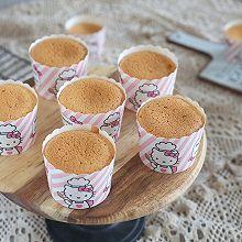 #520,美食撩动TA的心!#原味杯子蛋糕