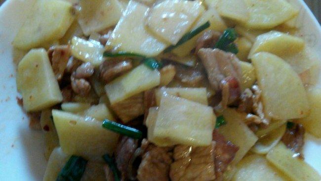 土豆炒肉—最简单炒法的做法
