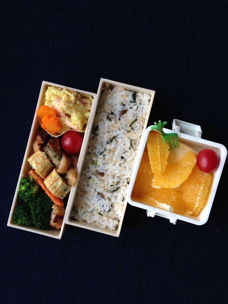 小学生的午餐便当 - 小海小鲜饭