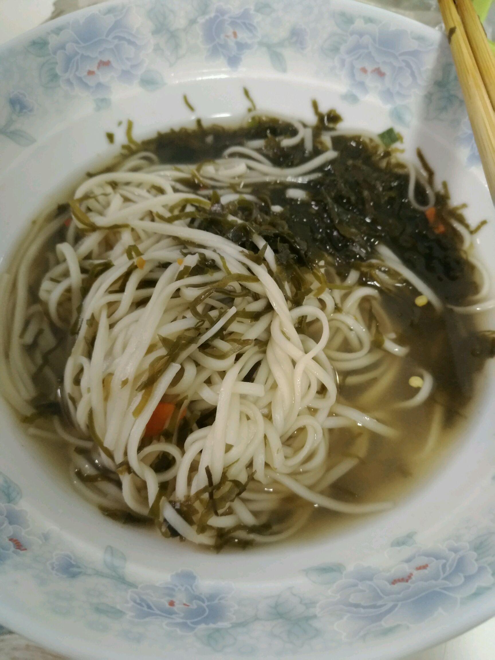 海带清汤面的做法图解4