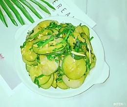 #下饭红烧菜#韭香煎黄瓜的做法