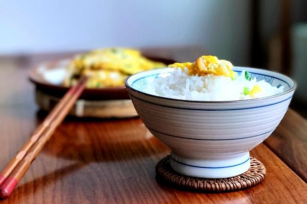 简单易学,脆嫩爽口,萝卜子煎鸡蛋的做法