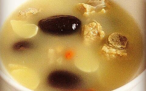 百合红枣花生炖排骨——补血安神去燥润肺靓汤的做法