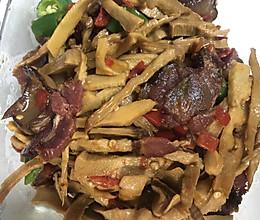 笋干炒腊肉—湘菜风味的做法