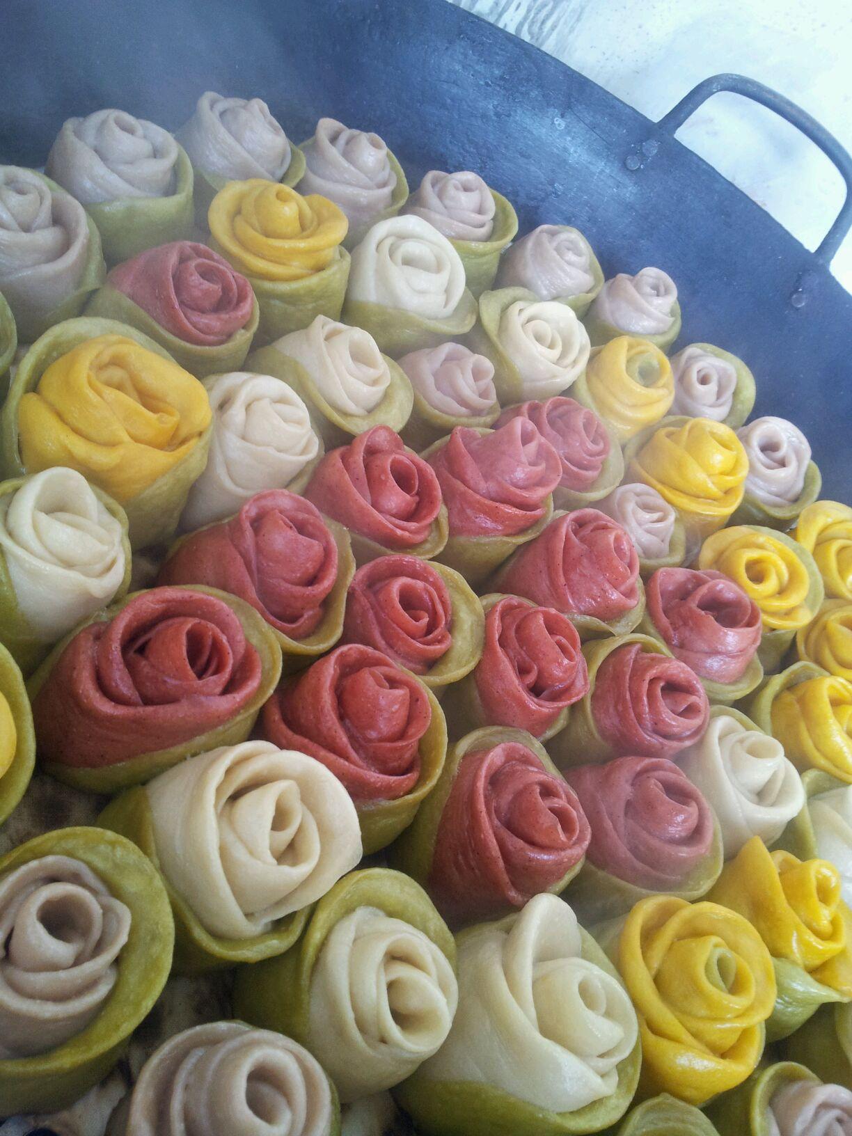 玫瑰馒头_紫薯花朵玫瑰馒头