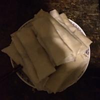 大白菜香菇肉丝春卷的做法图解6