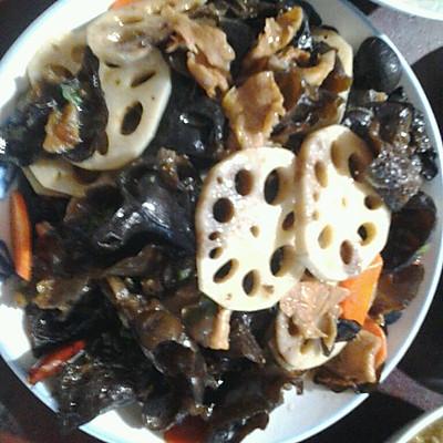 莲藕木耳炒肉片