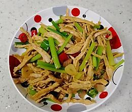 芹菜炒鸡丝的做法