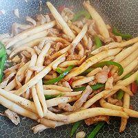 生蒜猪剁黑椒菇的做法图解4