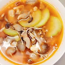 番茄西葫芦菌菇汤