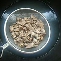 儿童菜谱——红白鸡肝丁的做法图解3