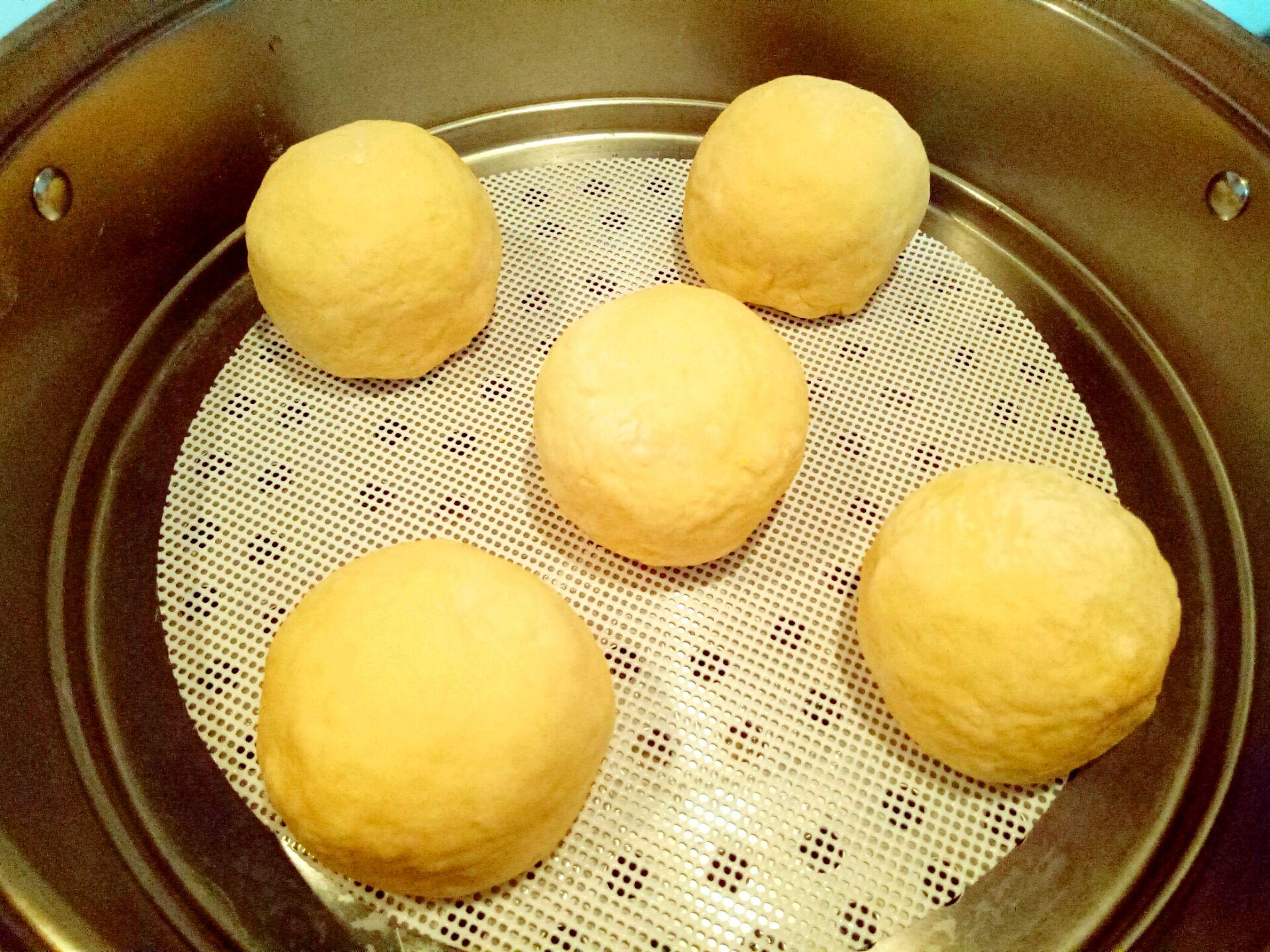 南瓜豆沙包的做法图解11