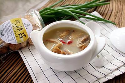 【养胃食疗】猴头菇猪肚汤