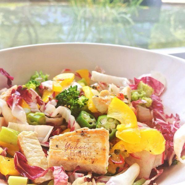 想吃什么吃什么的炫彩沙拉时光的做法