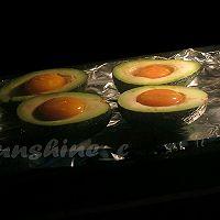 芝士鸡蛋烤牛油果 #百吉福芝士力量#的做法图解5