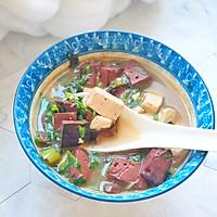 冬天喝猪血豆腐汤:暖身的同时还补血和清理五脏六腑里的垃圾的做法图解7