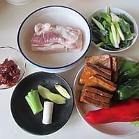 香干回锅肉的做法图解1