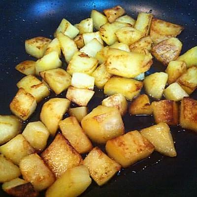江苏年夜饭必备-火红香辣土豆牛肉的做法 步骤3