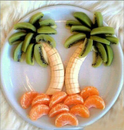 超级简单,一看就会的~水果拼盘