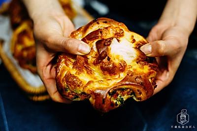 经典面包复刻:葱香肉松卷