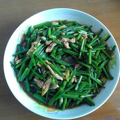 快手菜——韭菜台炒肉丝