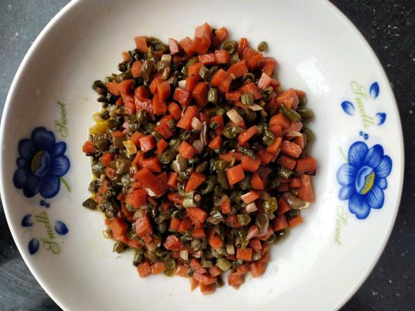 火腿肠炒泡豇豆的做法