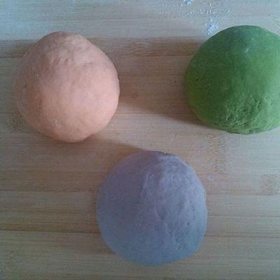 三色春饼荷叶蒸饼的做法 步骤2