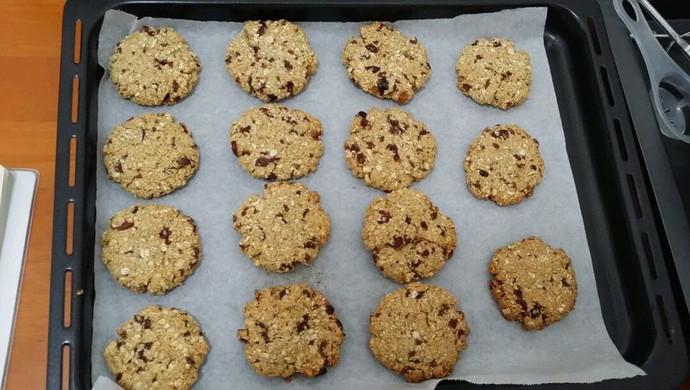 减肥小点心:燕麦蔓越莓饼干