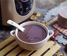 红枣核桃黑米粥的做法