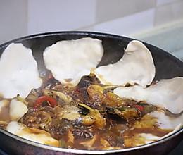 地锅鱼的做法