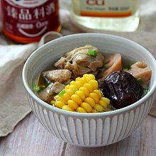 玉米莲藕鸡腿汤