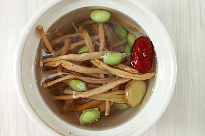怀孕汤谱,喝了就开心的金针毛豆排骨汤