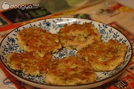 豆腐西芹肉饼的做法
