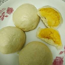 广式绵软多馅奶黄包