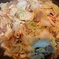 #快手又营养,我家的冬日必备菜品#板乌肉丝煨白菜的做法图解16