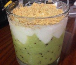 猕猴桃酸奶盆栽的做法