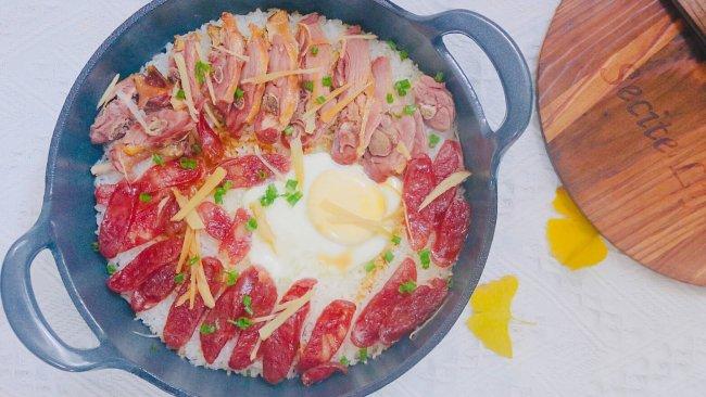 珐琅锅版的广式腊味煲仔饭的做法
