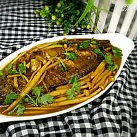 比目鱼炖海鲜菇#金龙鱼外婆乡小榨菜籽油最强家乡菜#