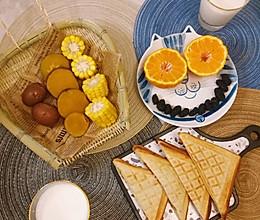#换着花样吃早餐#热压三明治的做法