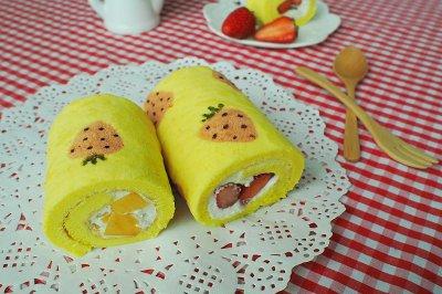 手绘草莓蛋糕卷#豆果5周年#