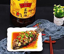 红烧鲫鱼#金龙鱼外皮乡小榨菜籽油 外婆的食光机#的做法