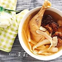 猴头菇玉竹养胃鸡汤(上班族养生快捷汤)