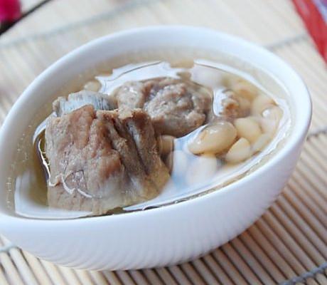 黄豆排骨汤的做法