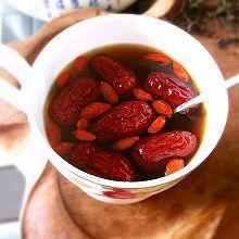 暖子宫——红糖姜茶