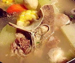 滋润牛尾汤的做法