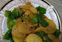大辣椒炒土豆片的做法