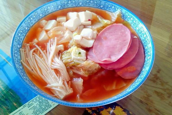 懒人韩式泡菜豆腐煲的做法
