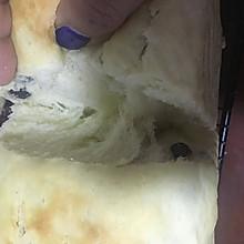 面包机加水揉出手套膜的土司面包